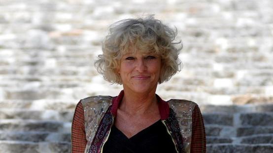 Ολλανδή δημοσιογράφος υποστηρίζει οτι συνελήφθη επειδή φιλοξενούσε στην Ύδρα αιτούντα άσυλο
