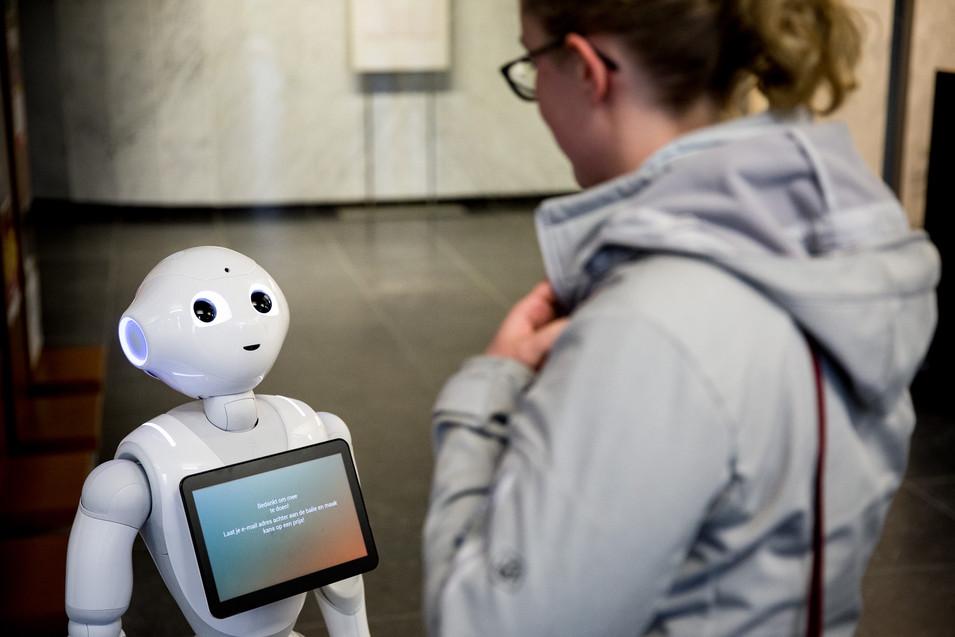 Voorstelling robot Pepper