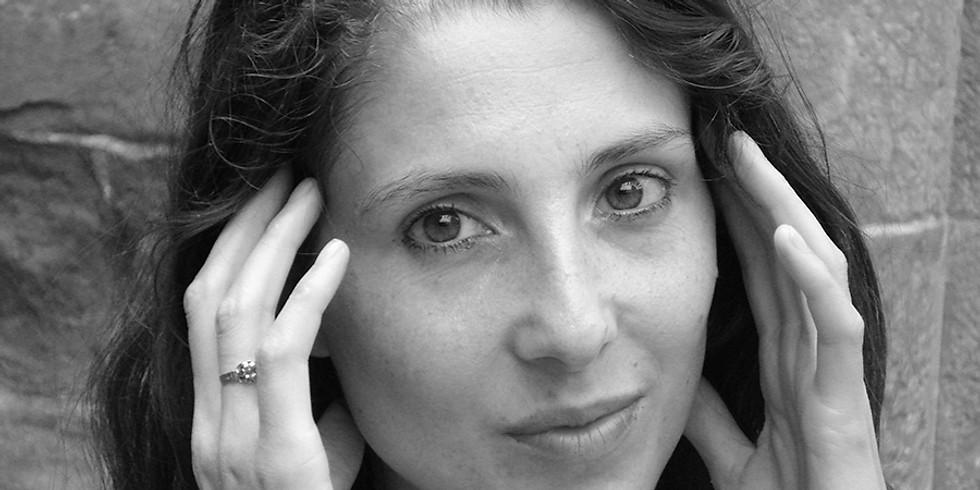 Le 17 novembre, Laure Gauthier invitera la poète Séverine Daucourt à  présenter « Transparaître »