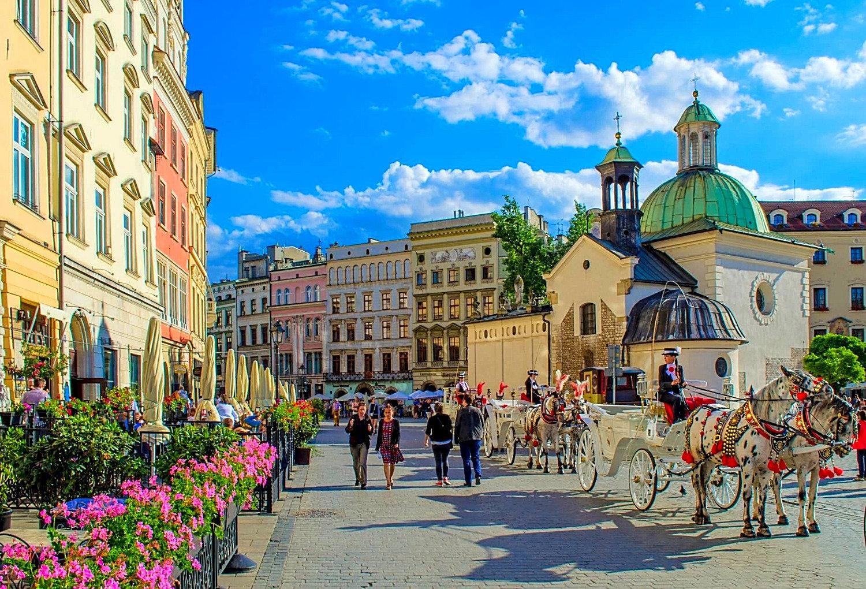 Budapest - Krakow or Krakow - Budapest