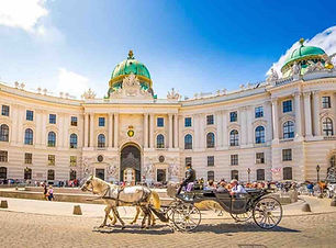 Budapest to Vienna private transfer
