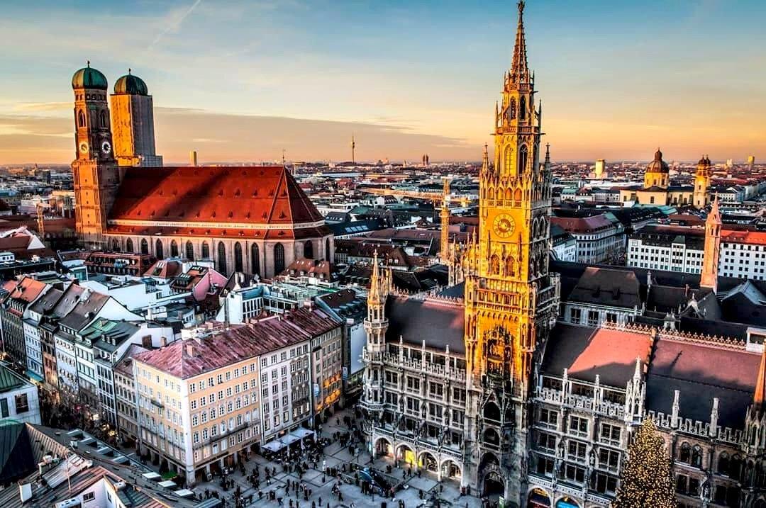Munich - Budapest (or Budapest - Munich)