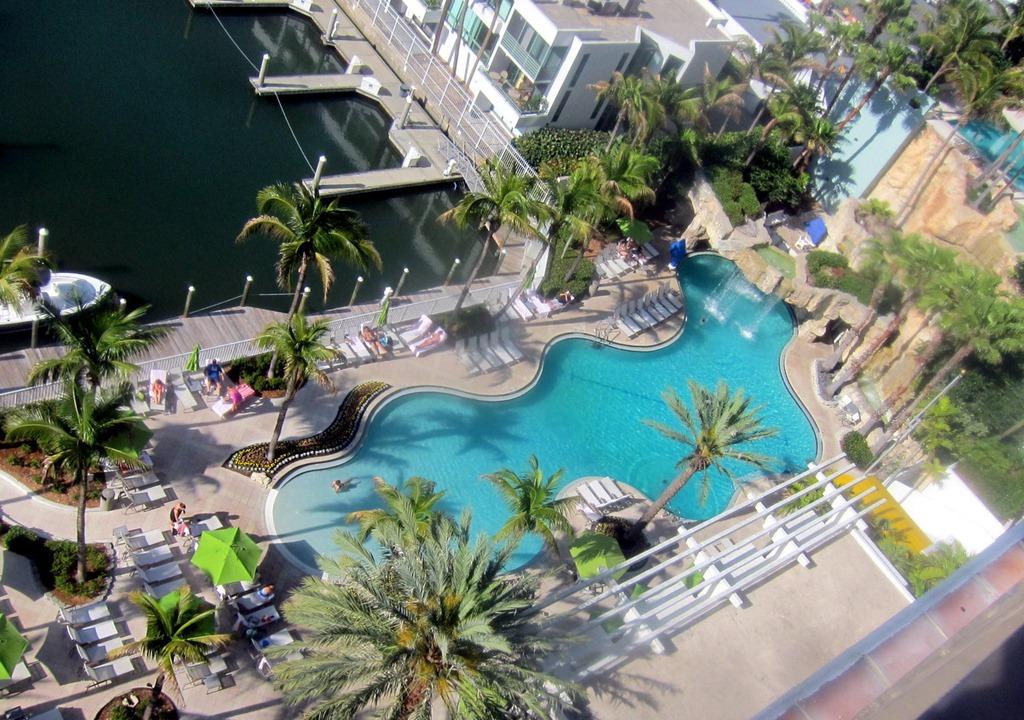 Hyatt-Regency-Sarasota-Pool