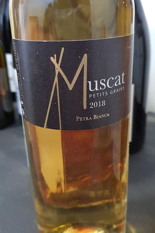 "DOMAINE PETRA BIANCA - ""Muscat petits grains"""