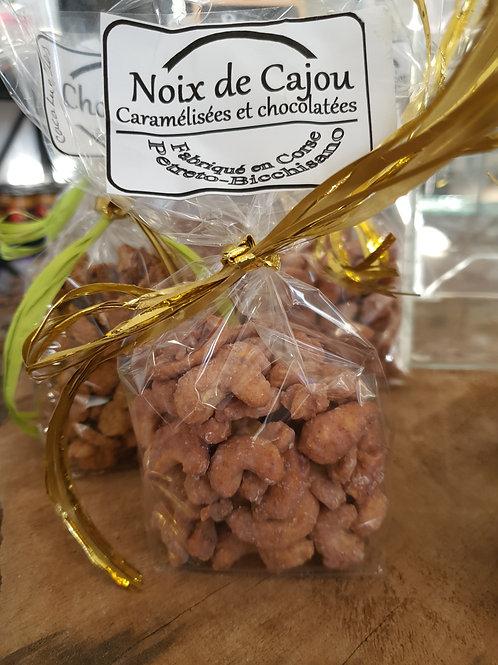 Noix de cajou caramelisees et chocolatees