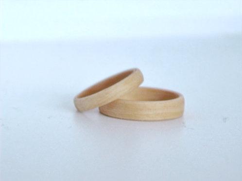 Bague en bois , alliance,  anneau en bois Charme