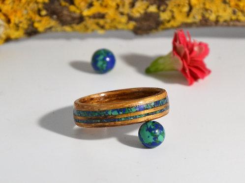 Le globe terrestre,Bague en bois et pierre anneau en bois courbé et Lapis Phénix