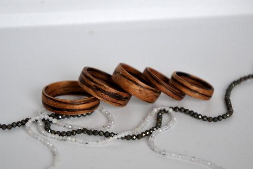 Bague en bois , alliance,  anneau en bois, Zebrano