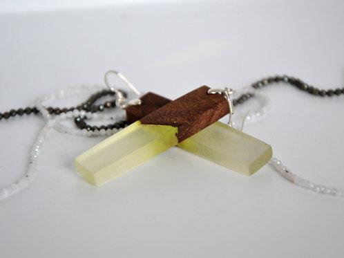 Boucles d'oreilles fluorisent avec et bois d'exotique