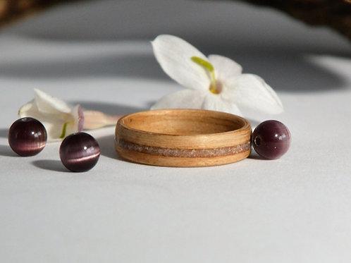 Bague en bois et pierre, alliance,  anneau en bois courbé avec de l' Améthyste
