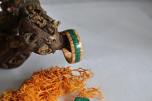 Bague en bois et pierre, alliance,  anneau en bois courbé avec Malachite