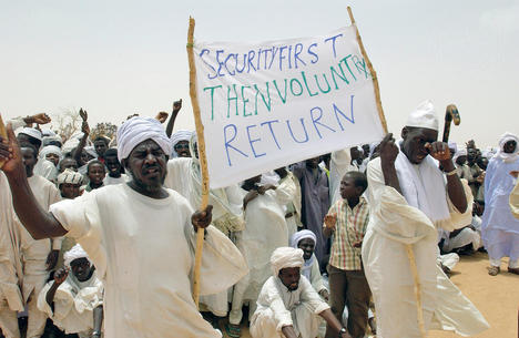 Secretary-General Visits Refugee Camps in Chad