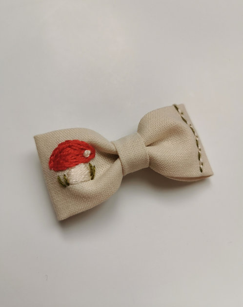 Collab AZBRODERIE - barrette champignons