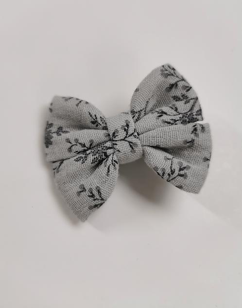 Barrette double gaze fleurie gris