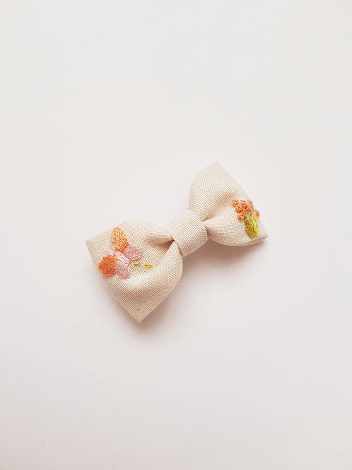 Collab AZBRODERIE - Barrette papillon orange et rose