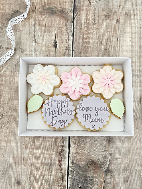 Trio of Flowers Biscuit Gift Set