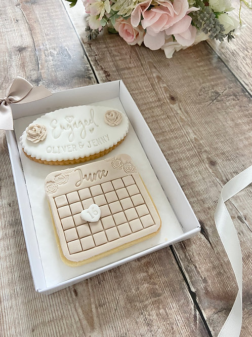 Engagement Biscuit Gift Set