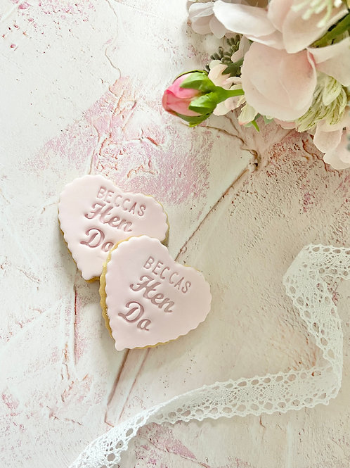 Hen Do - Scallop Heart Biscuit Favours