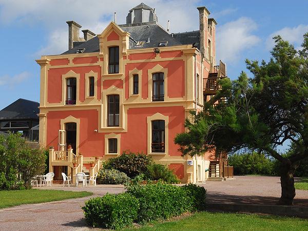 villa principale.jpg