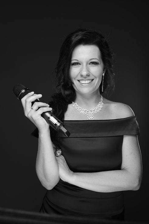 Jennifer Eder Portrait
