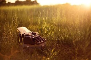 """Contemplare... """"Pot renunta, in deplina siguranta, la povestea mea, la trecutul meu"""""""