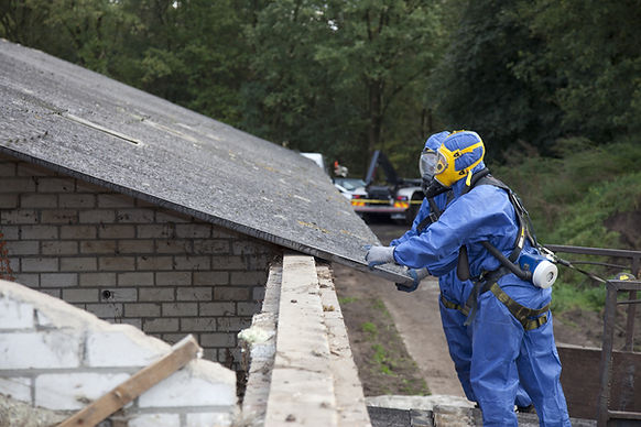 Extracción techos de amianto