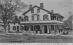 Mumford Exchange Hotel circa 1900