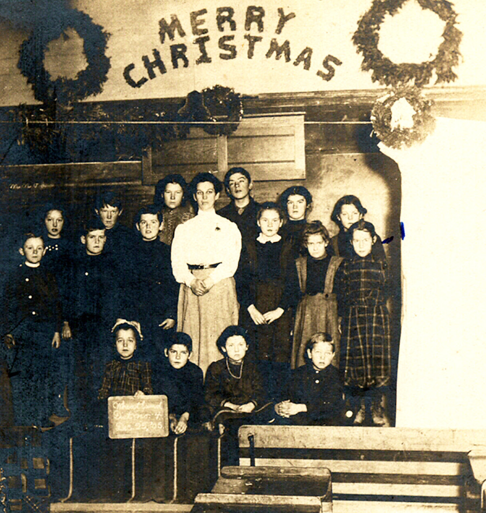 Christmas Program in Wheatland District No. 4 School