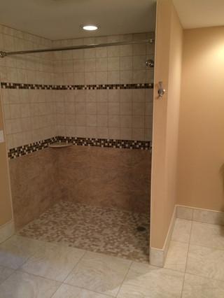 Wynnewood_Accessible_Bathroom_4.jpeg