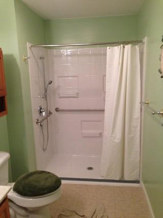 Glen_Mills_Accessible_Bathroom_5.jpeg
