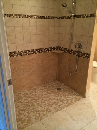 Wynnewood_Accessible_Bathroom_1.jpeg
