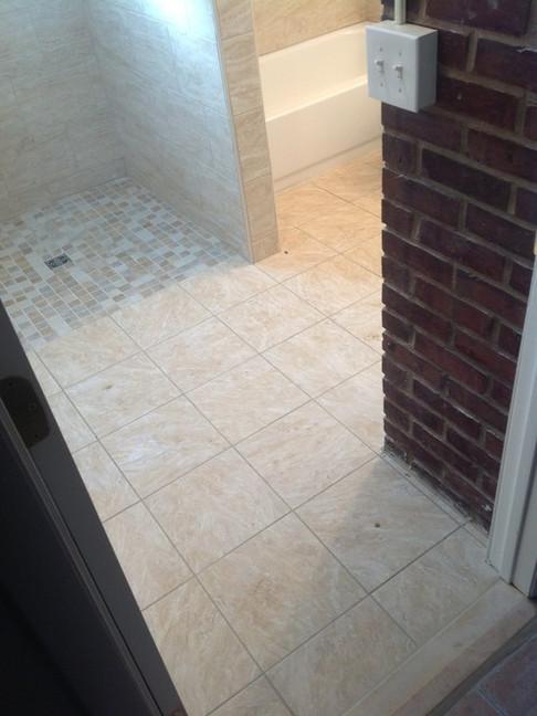 Accessible_Bathroom_1.jpeg