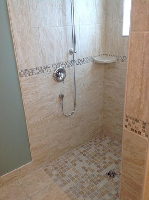 Accessible_Bathroom_2.jpeg