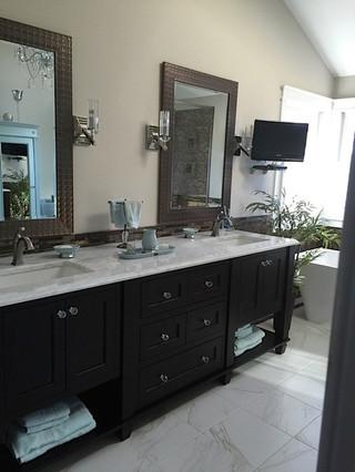 Warrington_Master_Bathroom_Oasis_16.jpeg