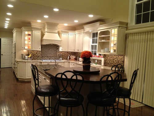 Kitchen_Biscotti_w_Coconut_Glaze_2.jpeg