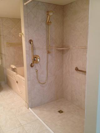 Bala_Cynwyd_Accessible_Bathroom_3.jpeg