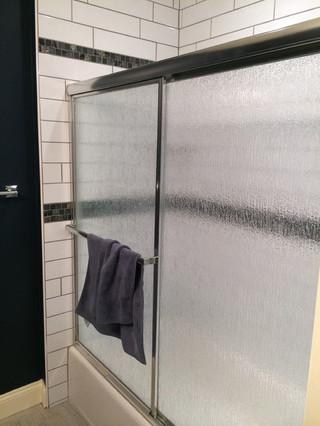 North_Wales_Bathroom_2.jpeg