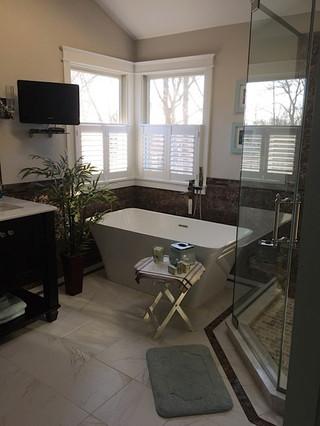 Warrington_Master_Bathroom_Oasis_10.jpeg