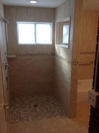 Accessible_Bathroom_3.jpeg