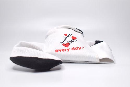 Love every day socks