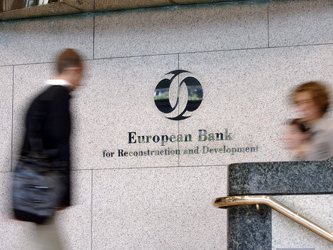 Economy in Greece difficult but stabilising -EBRD