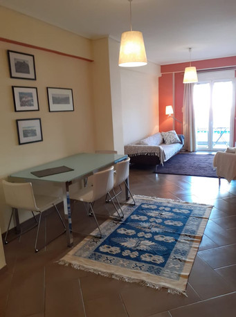 APARTMENT FOR RENT: One bedroom home just minutes from the Acropolis