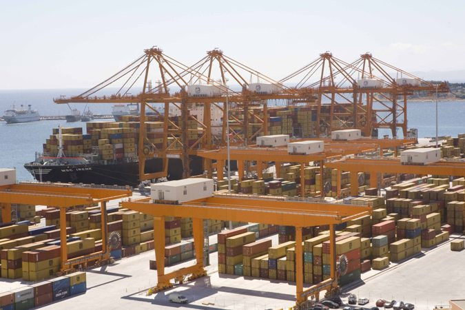 Piraeus port unveils 500 mln euro investment plan