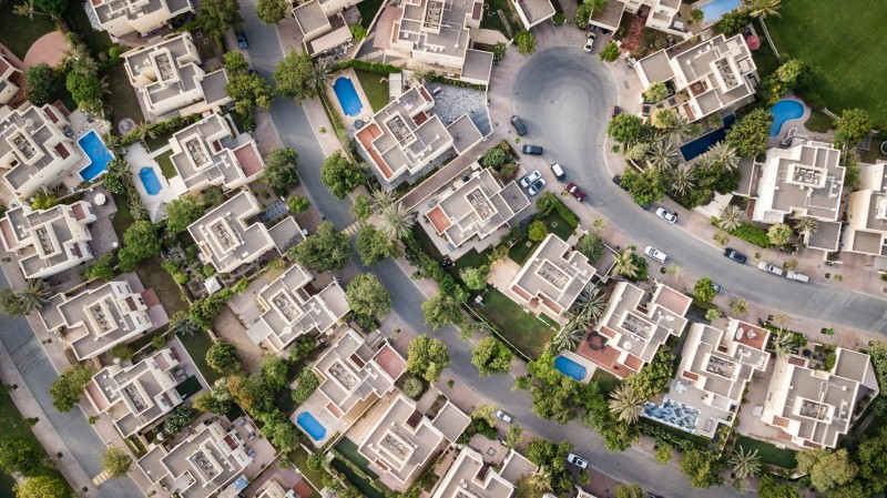 Investing 101: Real Estate vs Foreign Exchange in Greece