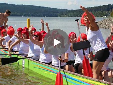 VIDEO: Dračí lodě udělaly ukázkovým fair play tečku za Lipno Sport Festem