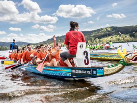 Lipno Sport Fest 2020 volá! Přihlaste svou posádku na závod Dračích lodí na Lipně