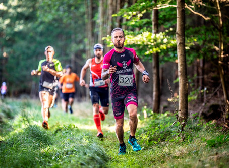TZ - Podzimní barevnou galerii nabídl půlmaraton v Českém lese