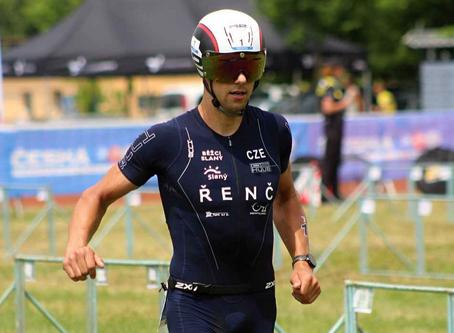 Triatlonista Řenč atakoval osobní rekord, proti byly běžecké podmínky