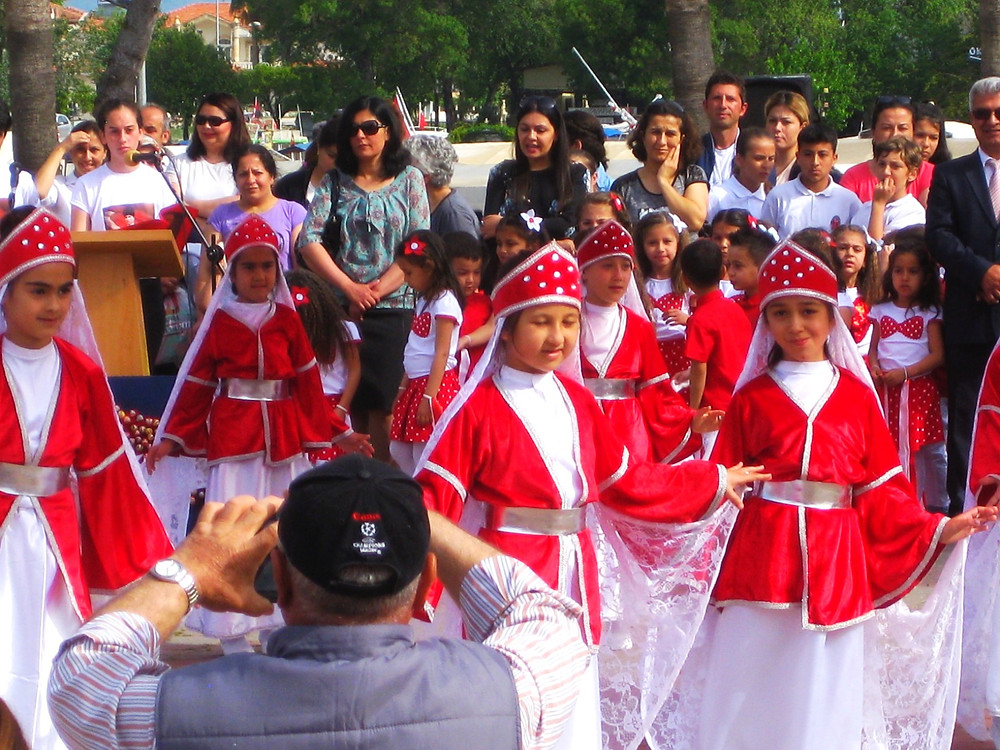 Traditional Dress and Dance in Dalyan