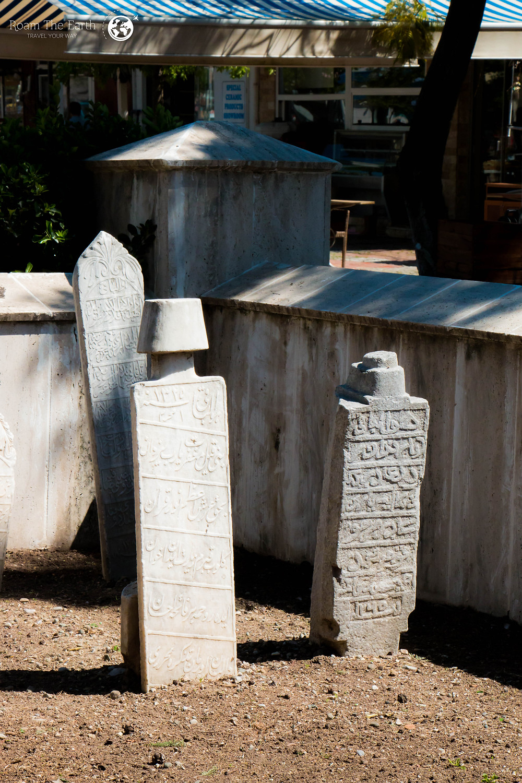 Gravestones Mosque